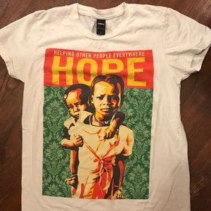 Obey Women's Large t-shirt